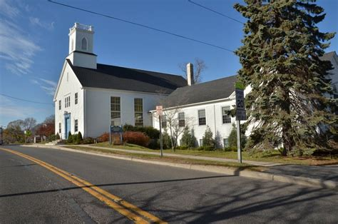 historical papers on shelter island and its presbyterian church with genealogical tables of the descendants of brinley sylvester samuel havens jonathan havens classic reprint books shelter island association a member supported nonprofit