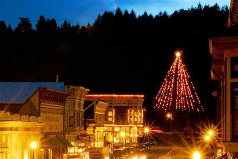 xmas lights eurekaca 2017 lighting the tallest living tree ferndale ca