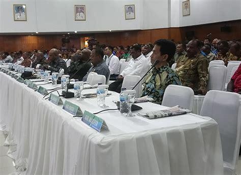 Kursi Kepala Kantor penjabat gubernur papua tegur kepala daerah yang tak
