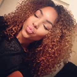 colored curly hair ombr 233 curly hair curls naturally curly hair hairstyle