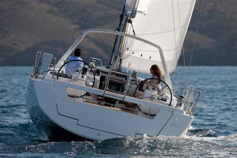 beneteau 322 boat reviews beneteau 322 yachts image gallery beneteau oceanis 41 2004