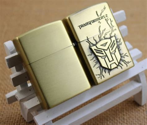 Korek Elektrik Usb Besi Motif Pistol Warna Golden korek elektrik besi motif transformers golden