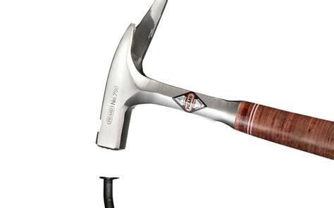Nagel Und Hammer by Wie Schl 228 Gt Einen Nagel Richtig In Die Wand