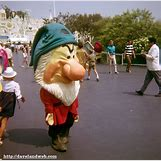 Disneyland 1966   912 x 900 jpeg 889kB