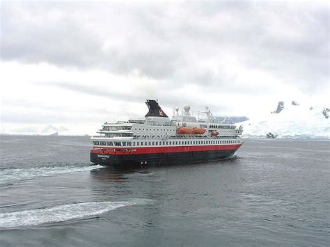 boat trip to antarctica antarctica expedition publish with glogster