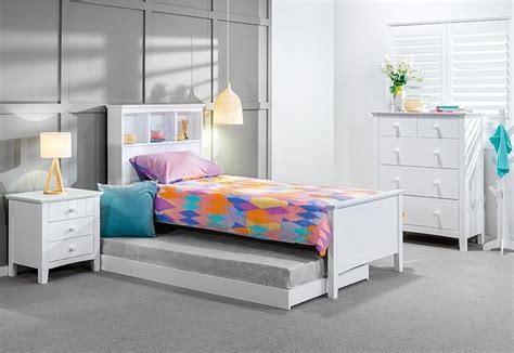 single bed bedroom suites 1000 ideas about single bedroom on pinterest spare room