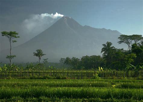 flm gunung merapi zumbara i merapi in 2010 eruption simple more