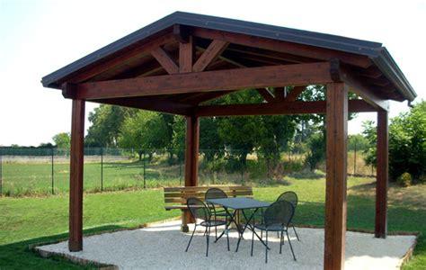 immagini gazebo in legno gazebo in legno costruiti su misura con veranda