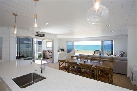 great views open plan lockwood home all white
