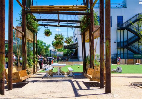 To Market Recap Outdoor Area by Trip To Magnolia Market At The Silos Fortuitous Foodies
