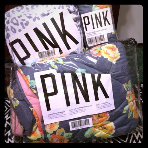 victoria secret bedding cheap 59 off pink victoria s secret other twin vs pink