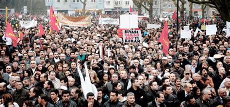 türk tur berlin berlin 226 de erdo 196 ÿan 226 196 177 protestolu kar 197 ÿ 196 177 lama yeni hayat