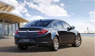 Buick Regals 2014 Buick Regal Debuts With All Wheel Drive In New York