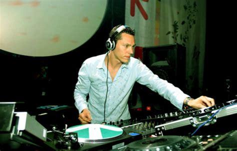 biography dj butterfly january 2009 tiesto s club life radio show