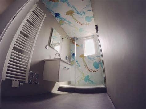 badezimmer fliesen und tapete wohnideen wandgestaltung maler fugenlos im badezimmer