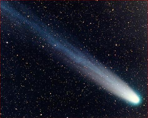 Pictures Of A Comet