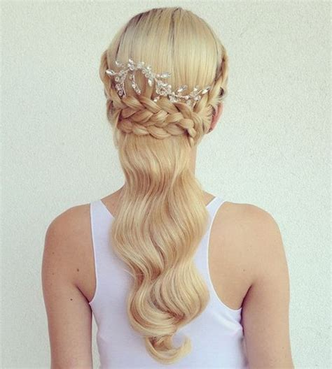 50 half up half down hairstyles for everyday and party looks 50 half up half down hairstyles for everyday and party looks
