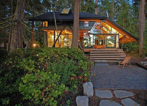 sips cabin caring for the planet tranquil cabin retreat in washington