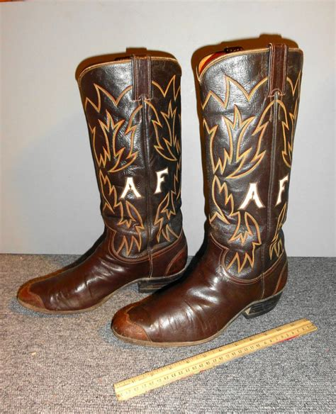 custom cowboy boots vintage justin cowboy boots custom made robert s western