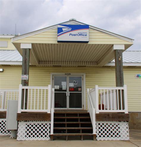 Jamaica Post Office by Jamaica