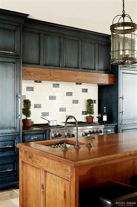kitchen cabinets with black glaze 23 gorgeous blue kitchen cabinet ideas
