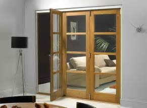 Tri Fold Closet Doors Bloombety Tri Fold Doors With Decorative Lighting The Benefits Using Tri Fold Doors