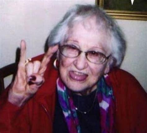 grandma s 24 awesome people you wish to be your grandma grandpa