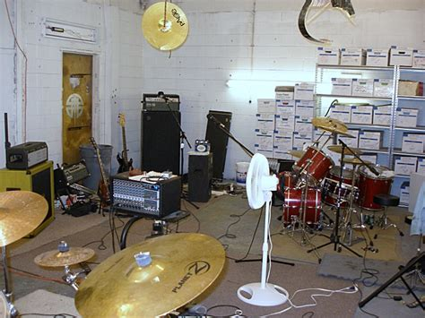 Jam Room by Post Your Practice Space Jam Room Talkbass