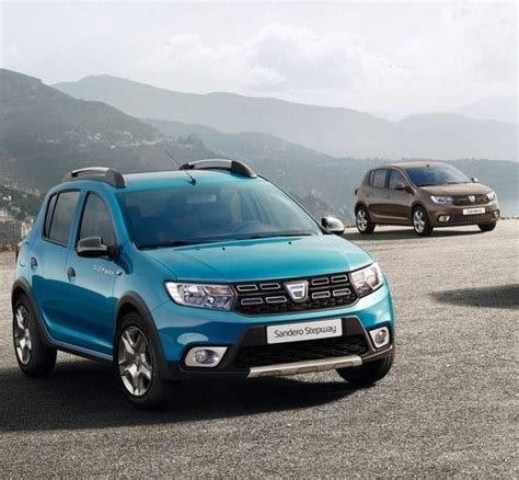 renault dacia sandero facelifted renault sandero and stepway revealed cars co za