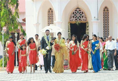 Bridesmaids .bride and groom Elegant..!! Kerala