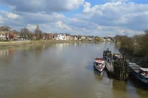 thames river kew westminster river thames at kew bridge 169 n chadwick geograph