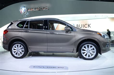 2016 buick envision look review motor trend