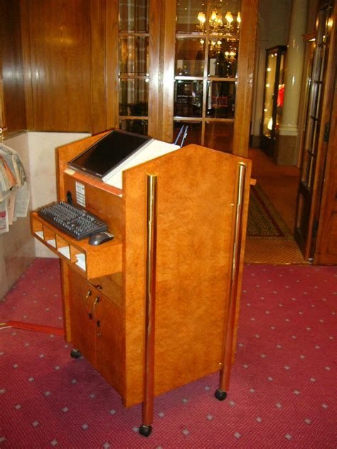 Restaurant Reception Desk Restaurant Reception Desk File Reception Desk With A Computer At A Restaurant Jpg Walnut