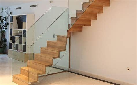 treppen aus glas holztreppe fhs treppen treppenhersteller f 252 r fachkunden