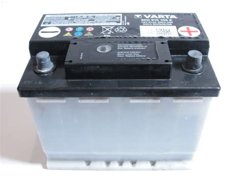 Golf 6 Autobatterie by Vw Golf 6 Jetta Batterie Akku 61ah 330a 12v 5k0915105e
