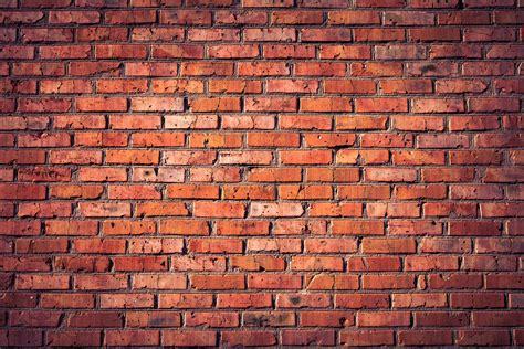 clay  concrete      bricks