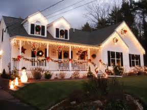 Outside Home Decorations by Stunning Outdoor Christmas Displays Interior Design