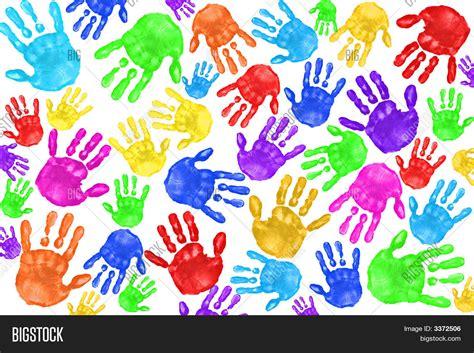 imagenes de uñas pintadas manos huellas de manos pintadas a mano de los ni 241 os fotos stock