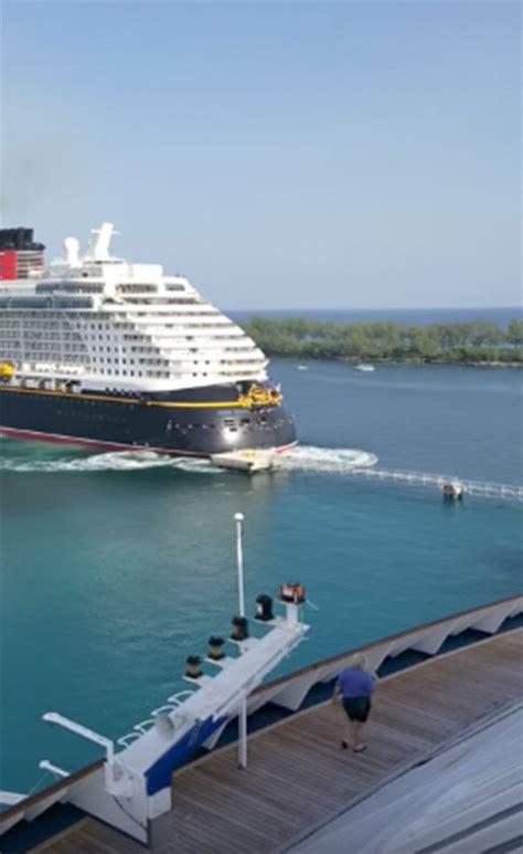 boat crash dream cruise ship disney dream crashes into metal pier in the