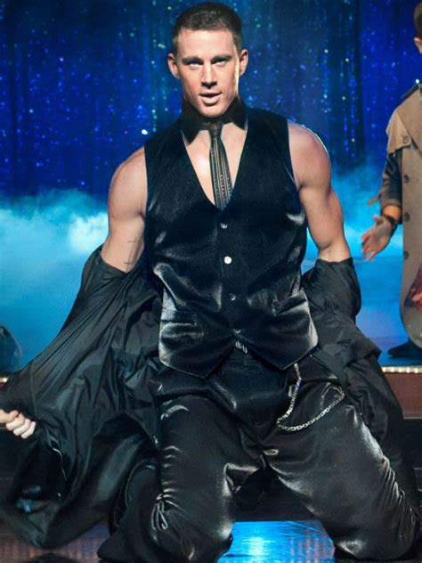 channing tatum photos stripping and magic mike trailer channing tatum shirtless johnny