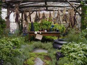 wonderfully wyckked garden themes for the green witch