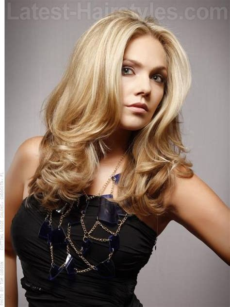 layered hairstyles with vertical roller sets 23 best hot roller hair styles images on pinterest hair