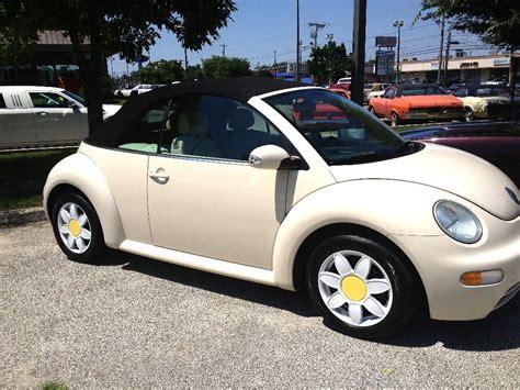2005 Volkswagen Beetle by 2005 Volkswagen Beetle Sun Flower Edition For Sale