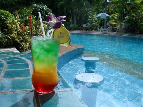pool cocktail pc pools