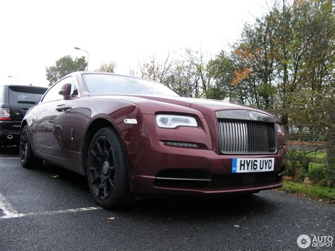 rolls royce white wraith rolls royce wraith black badge 12 november 2016 autogespot