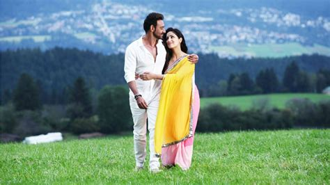 Ajay Devgan And Yami Gautam Action Jackson Wallpapers ...