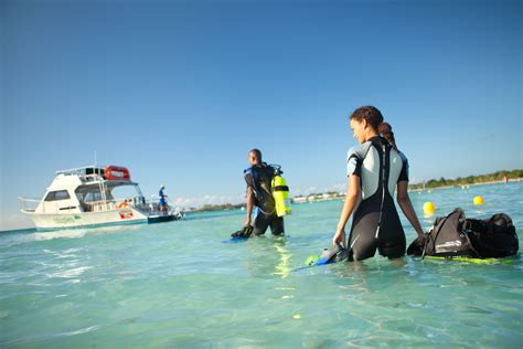 Couples Jamaique Water Sports In Jamaica Couples Resorts