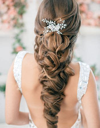 10 Best Indian Bridal Hairstyles for Long Hair