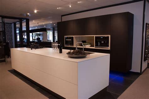 nieburg keukens showroomuitverkoop nl d3 pure nieburg s01 55213