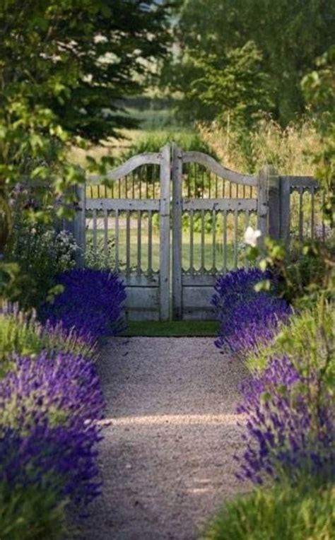 Garden Gate Flowers by 10 Floral Garden Gates In Bold Color Garden Club